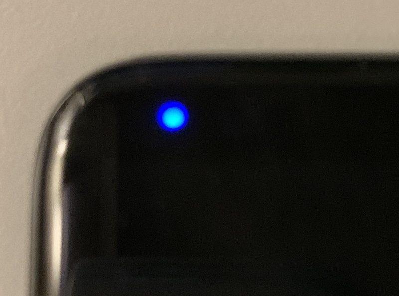 スマホの青LEDランプの点滅